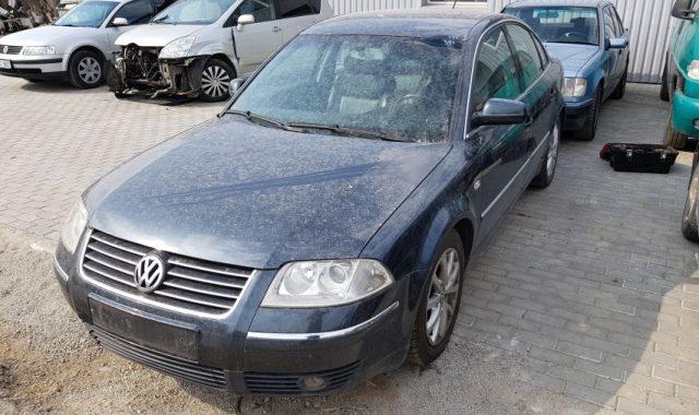 VW Passat, 2.5l Dyzelinas, Sedanas 2003m