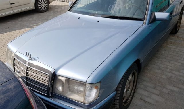 Mercedes 124, 2.5l Dyzelinas, Sedanas 1990m
