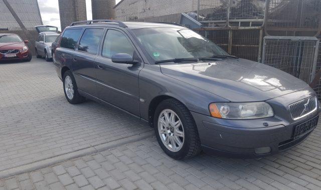 Parduodame Volvo V70, 2.4l Dyzelinas, Universalas 2007m